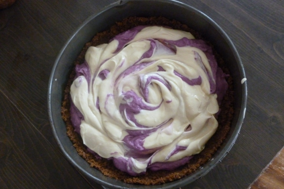 purple sweet potato pie making